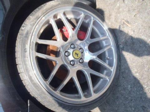 http://jdmspares.pairserver.com/CARS/J051-Ferrari360/P7110205.JPG