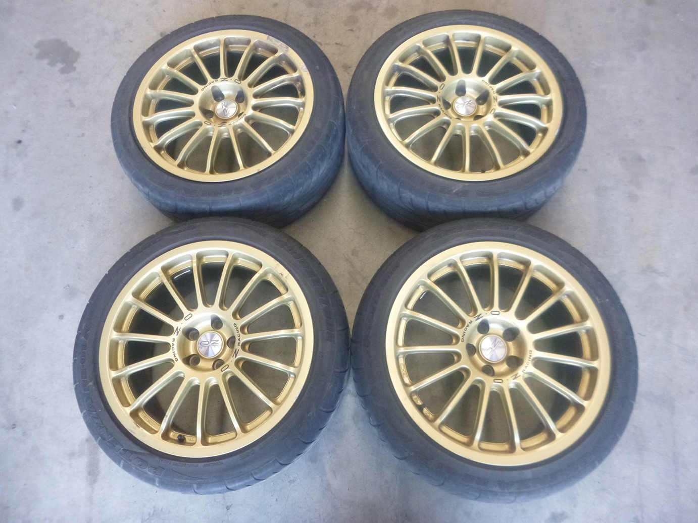 17-x-8-43-5x100-Subaru-Impreza-WRX-GDB-STi-OZ-Racing-Gold-Wheels-Rims-JDM