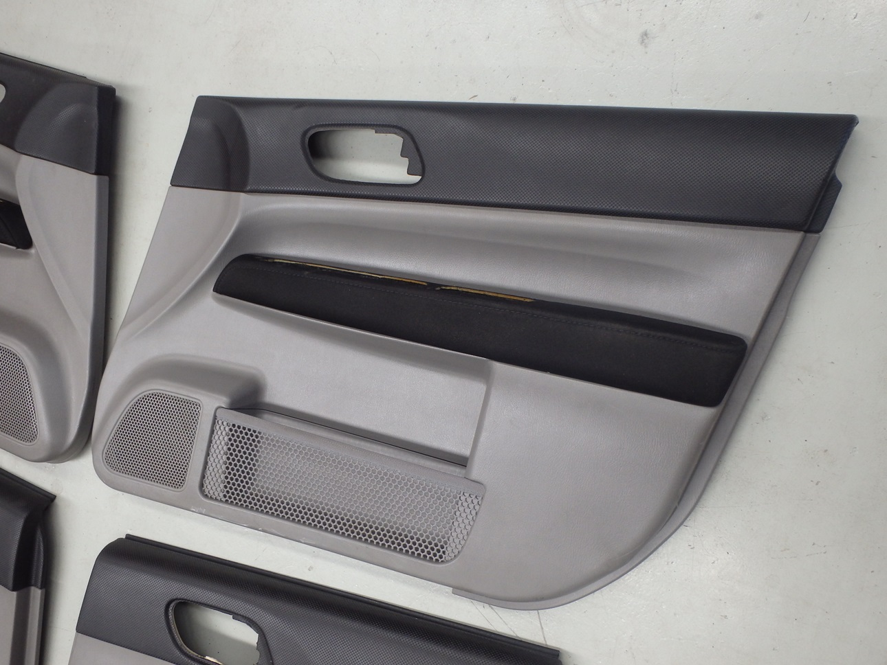 Subaru Forester Sg9 Sti 2004 Interior Door Card Panel Trim Set 3 Ebay