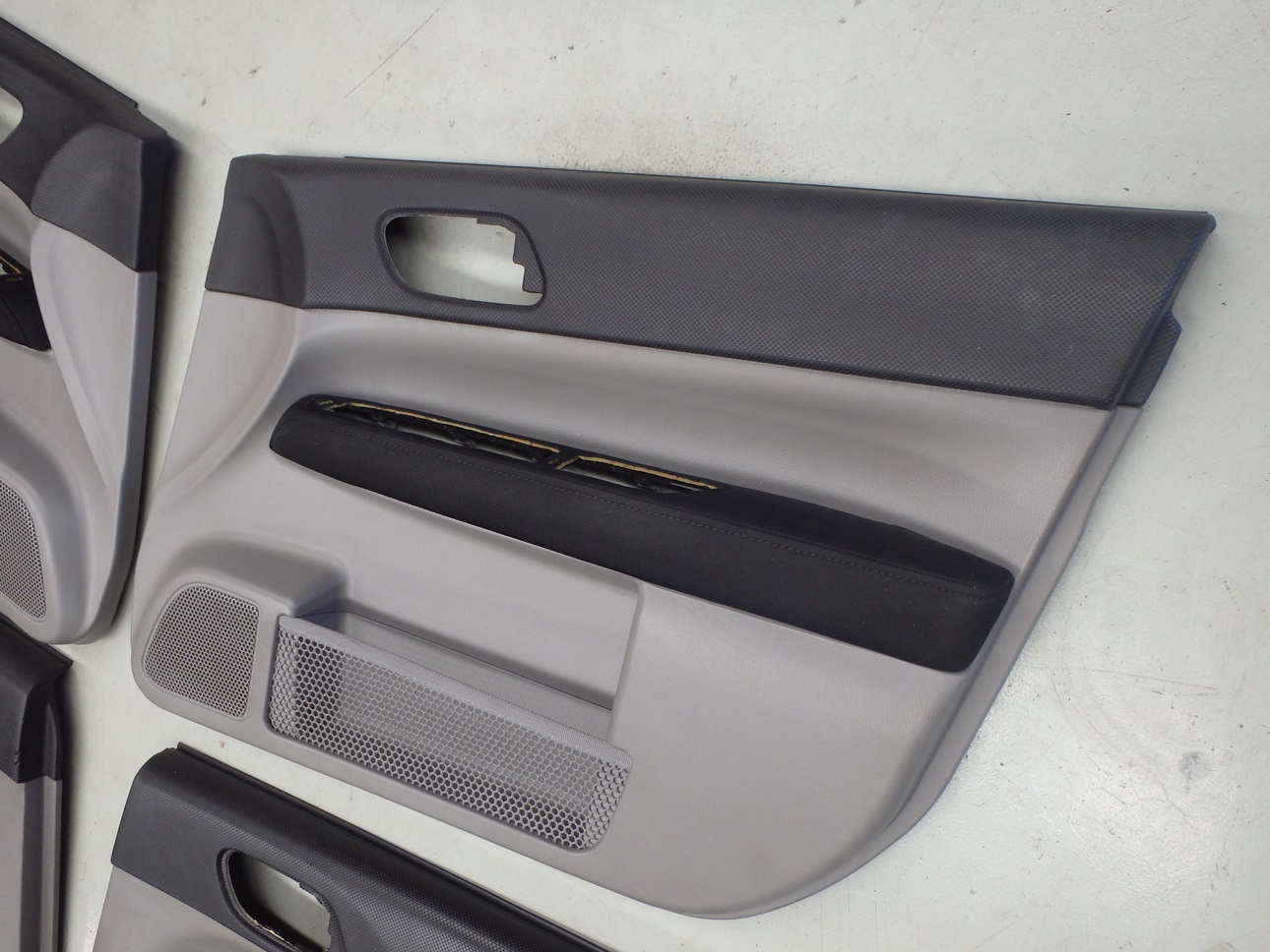 Subaru Forester Sg9 Sti 2004 Interior Door Card Panel Trim Set 1 Ebay